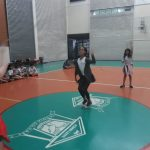 brincadeira de corda colégio